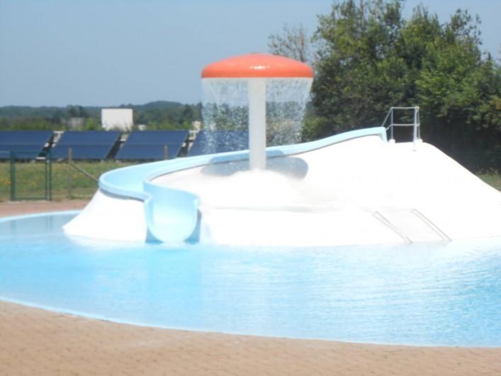 Location de vacances - Roulotte à Aubigny - piscine du Cébron