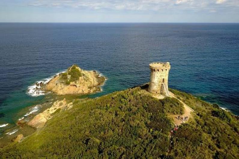 Location de vacances - Bungalow - Mobilhome à Ghisonaccia - Tour de Fautea (30 km)