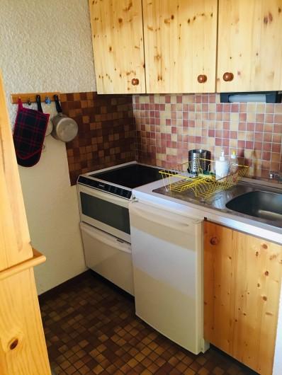 Location de vacances - Studio à Saint-François-Longchamp - espace kitchenette équipée