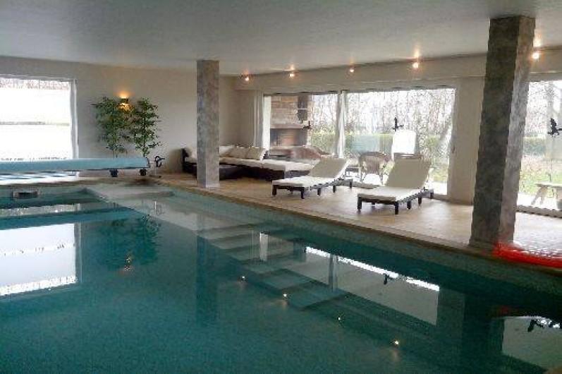 Appartement f3 lumineux geudertheim en alsace avec piscine couverte terrasse climatisation et - Piscine tubulaire avec terrasse lyon ...