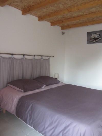 Location de vacances - Gîte à Sorges et Ligueux en Périgord - chambre 1