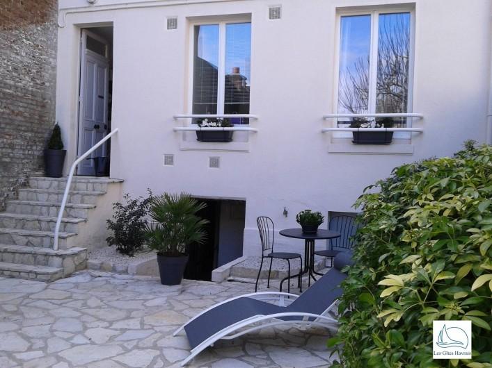 Location de vacances - Appartement à Le Havre - Le gîte vu du jardinet