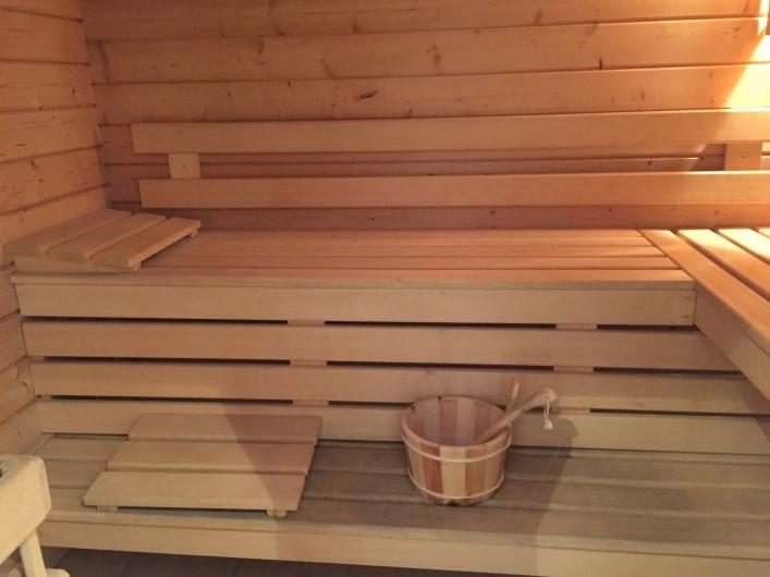 Location de vacances - Villa à Carros - Sauna pouvant accueillir 6 personnes