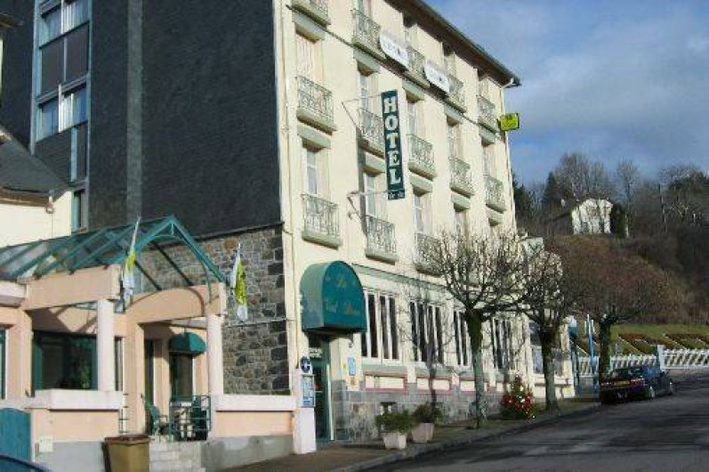 Htel Restaurant  La Bourboule Avec Piscine Intrieure Et Jacuzzi