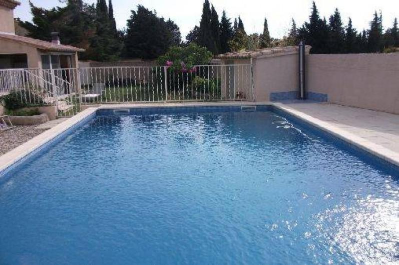 Villa rochefort du gard avec piscine proche d 39 avignon et for Piscine nemausa nimes tarifs