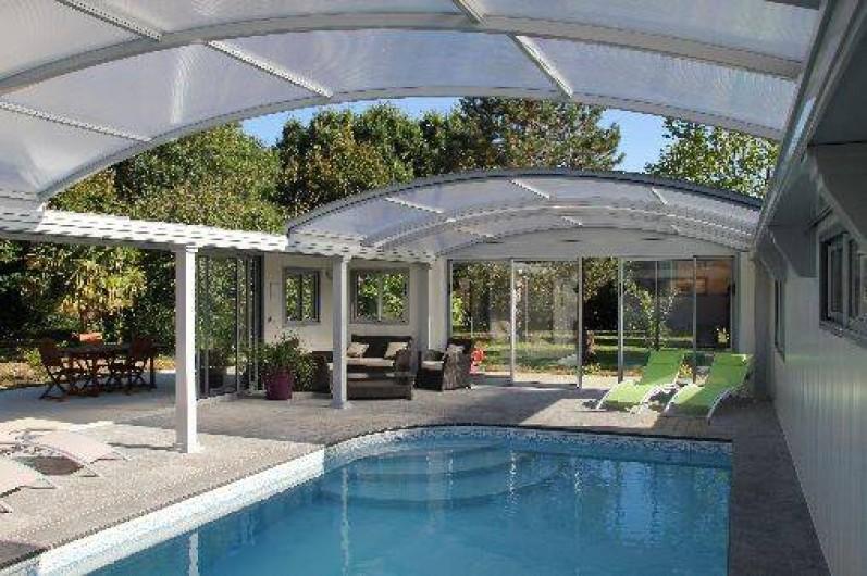 location roulotte et g te saumur pays de la loire avec piscine couverte et chauff e maine. Black Bedroom Furniture Sets. Home Design Ideas