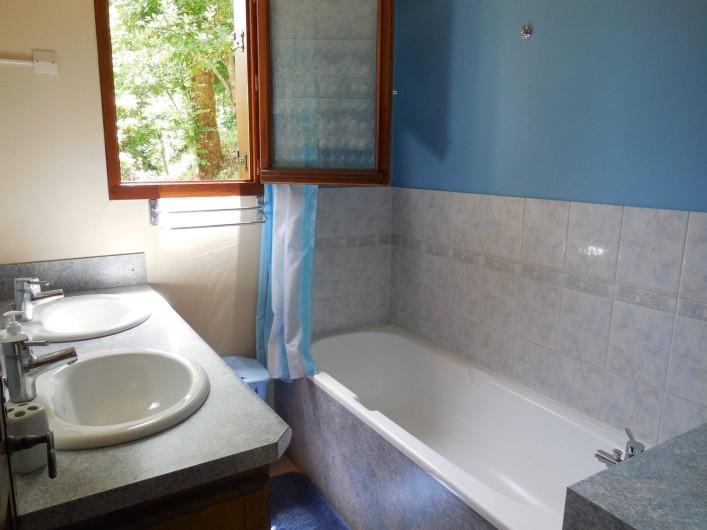 Location de vacances - Chalet à La Bâtie-Vieille - Salle de bain