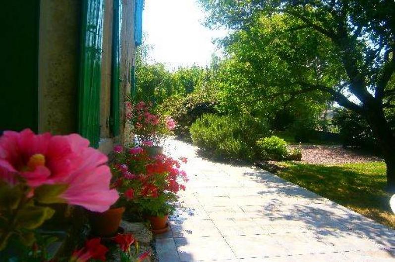 Location de vacances - Gîte à Maillé - terrasse de devant