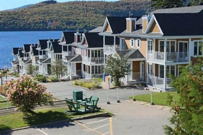 Location de vacances - Appartement à Saint-Donat - Plusieurs unités à louer!