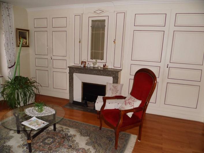 Location de vacances - Gîte à Cerdon - salon 1 er étage