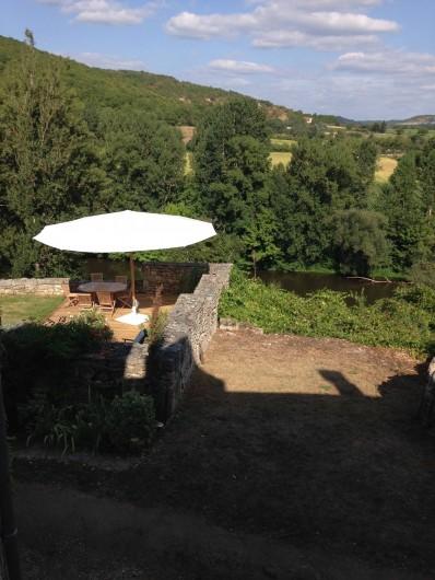 Location de vacances - Maison - Villa à Calvignac - Vue de la chambre
