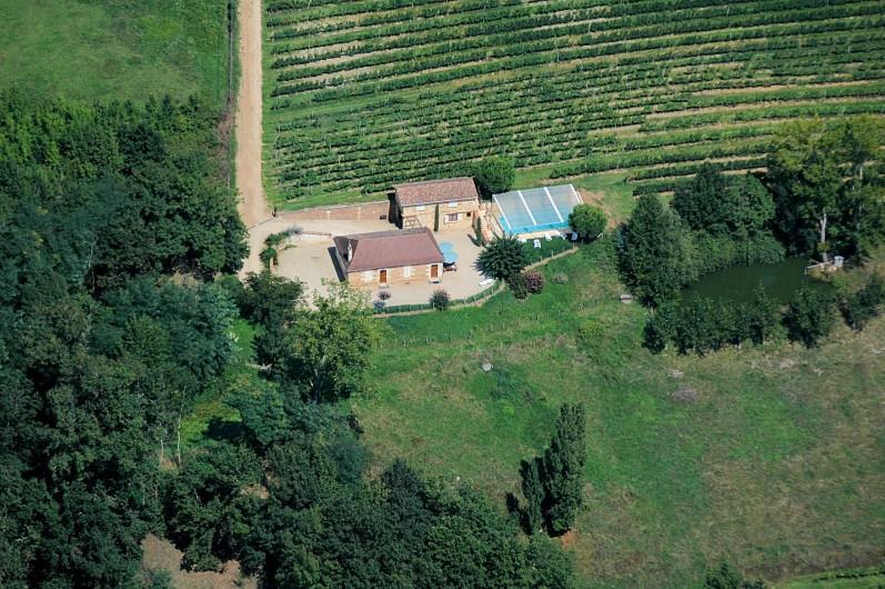 Location de vacances - Gîte à Prigonrieux - Gîte du domaine de Coutancie vue aérienne