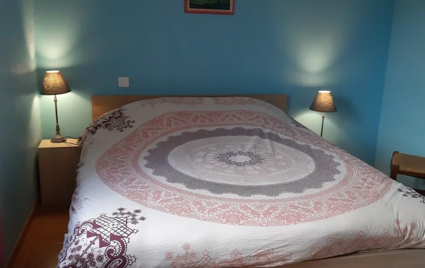 Location de vacances - Gîte à Ingersheim - Chambre rez de chaussée grand lit