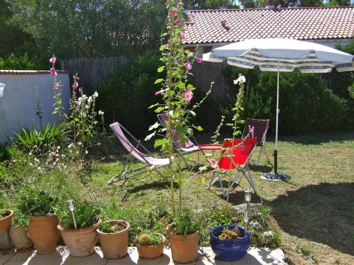 Location de vacances - Maison - Villa à Île-d'Aix - jardin sud est