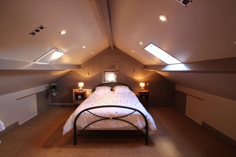 Location de vacances - Appartement à Yvetot-Bocage - CHAMBRE    lit double     lit bébé