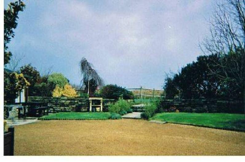 Location de vacances - Gîte à Trédrez-Locquémeau - Jardin et cour