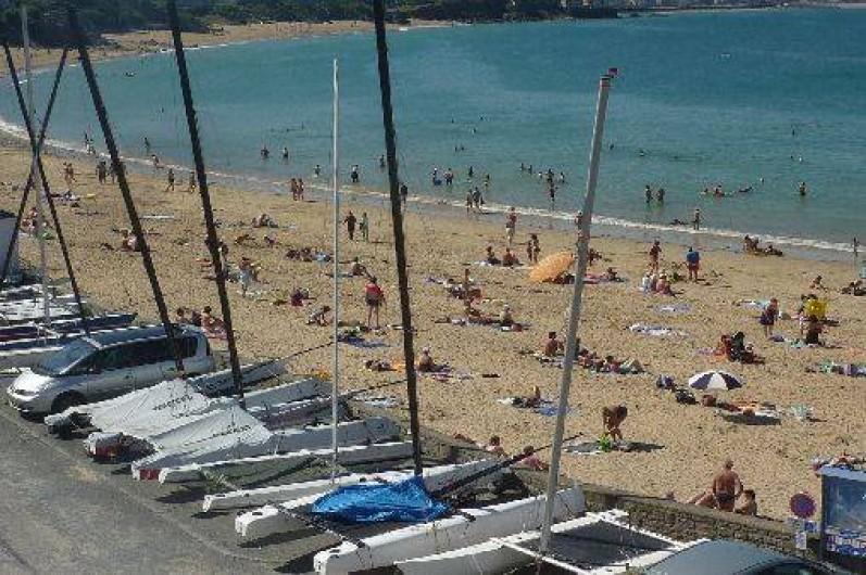 Location de vacances - Appartement à Saint-Malo - vue sur la plage
