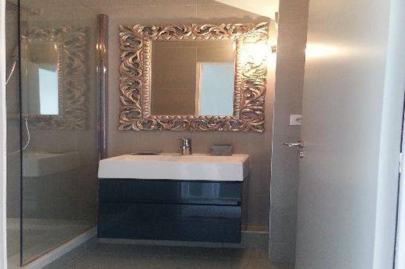 Location de vacances - Appartement à Saint-Malo - salle de bain