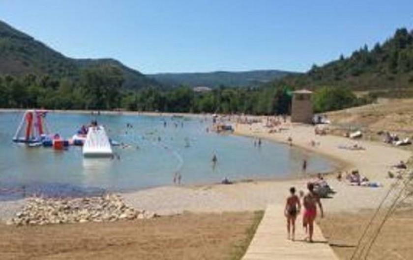 Location de vacances - Gîte à Quillan - Lac de baignade de Quillan