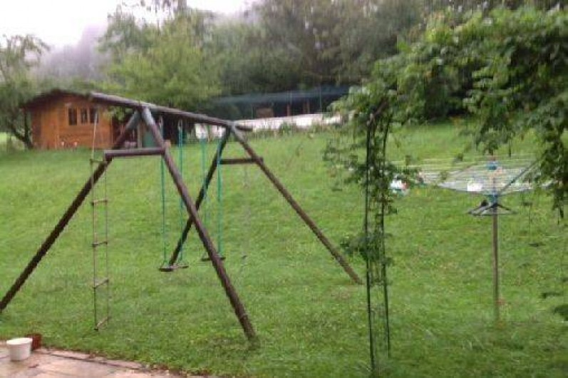 Location de vacances - Villa à Annecy - Portique balançoire