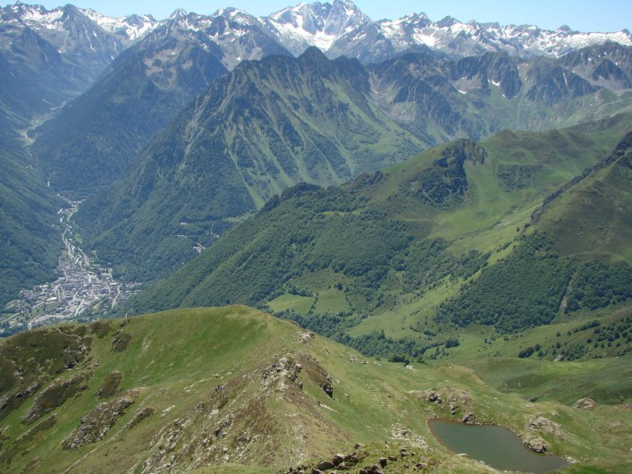 Location de vacances - Gîte à Bun - Cauterets et le petit lac de Contente vu du Cabaliros