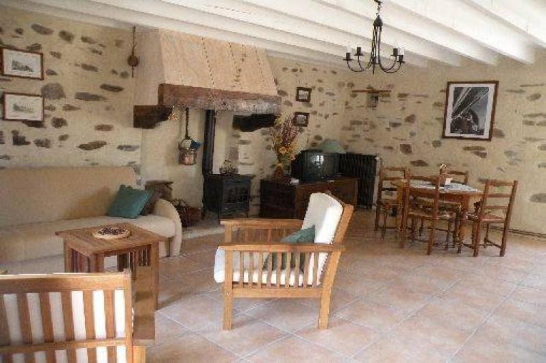 Location de vacances - Maison - Villa à Plouër-sur-Rance - salon/séjour/cuisine