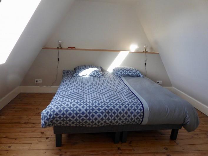 Location de vacances - Maison - Villa à Azincourt - Chambre 3 - 2 lits jumeaux ou un grand lit au 1er étage selon vos besoins