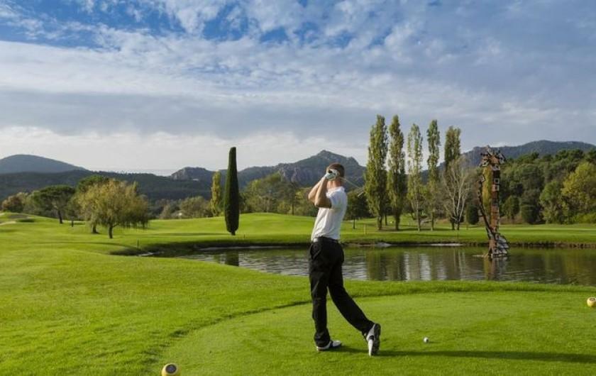 Location de vacances - Maison - Villa à Mandelieu-la-Napoule - 2 golfs à proximité