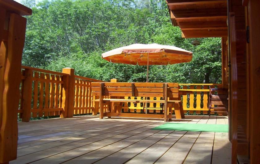 Location de vacances - Chalet à Montclar - Terrasse sud