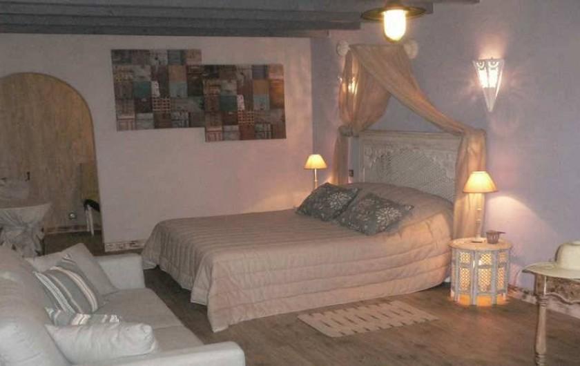 Location de vacances - Chambre d'hôtes à Pailloles - Chambre Fleur de Lin 2x80 lits électriques