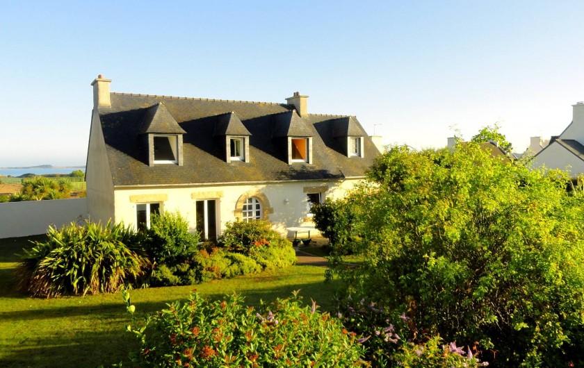 Location de vacances - Villa à Plougoulm - maison avec jardin vue mer