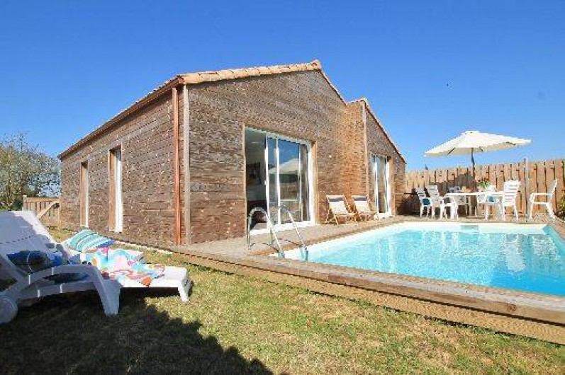 Location de vacances - Villa à Talmont-Saint-Hilaire - Jardin et piscine