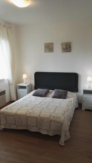 Location de vacances - Gîte à Arromanches-les-Bains - chambre