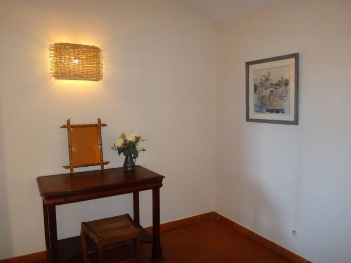 Location de vacances - Villa à Les Avirons - la chambre