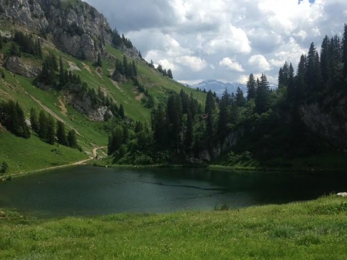 Location de vacances - Chalet à La Chapelle-d'Abondance - Lac d'arvouin