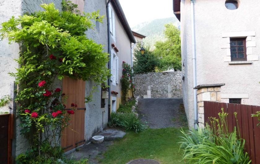 Location de vacances - Maison - Villa à Saint-Agnan-en-Vercors - Chemin communal, Côté Sud du Gîte