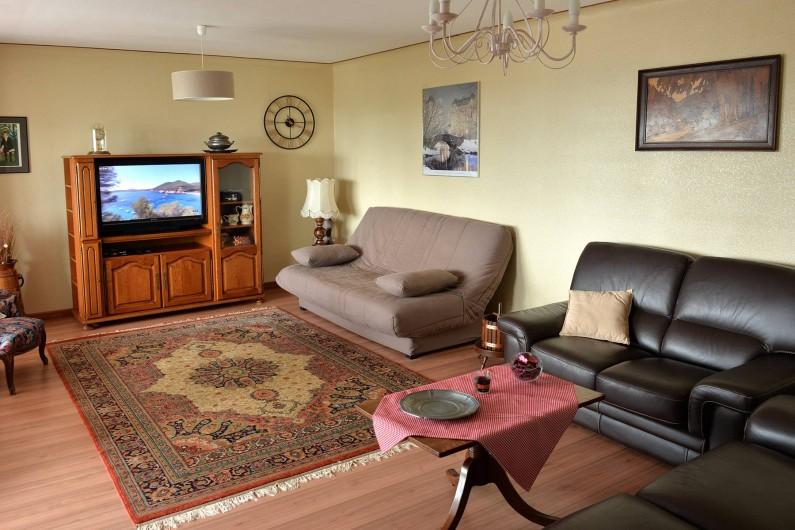 Location de vacances - Appartement à Haegen - salon cuir 3 + 2 places