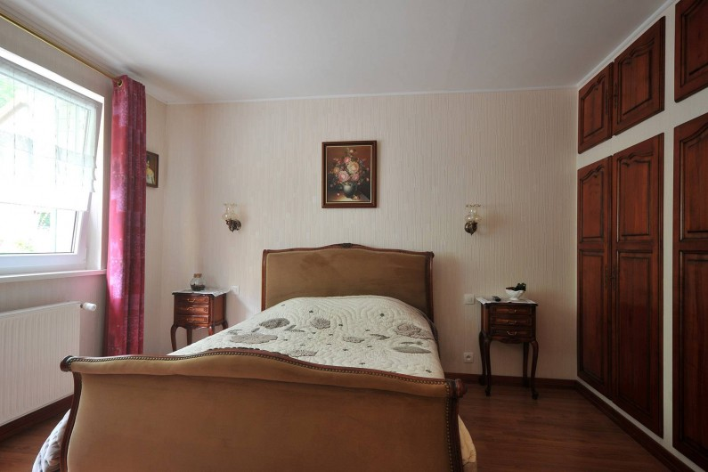 Location de vacances - Appartement à Haegen - Chambre 1 avec placards