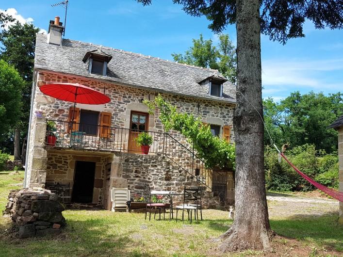 Location de vacances - Gîte à Lassouts - suite devant