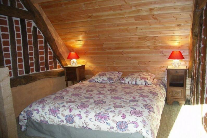 Location de vacances - Gîte à Saint-Germain-de-Livet - chambre lit 160