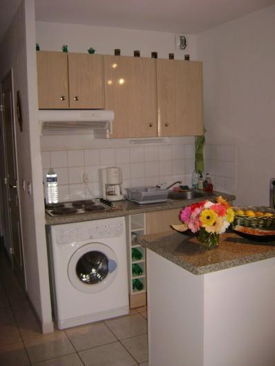 Location de vacances - Appartement à Le Lavandou - cuisine
