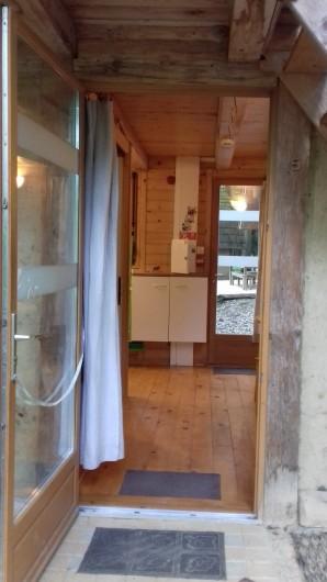 Location de vacances - Gîte à Crisolles - Gîte accessible - l'entrée