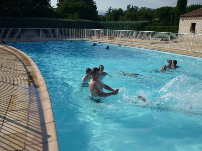 Location de vacances - Villa à Saint-Cézaire-sur-Siagne - La piscine