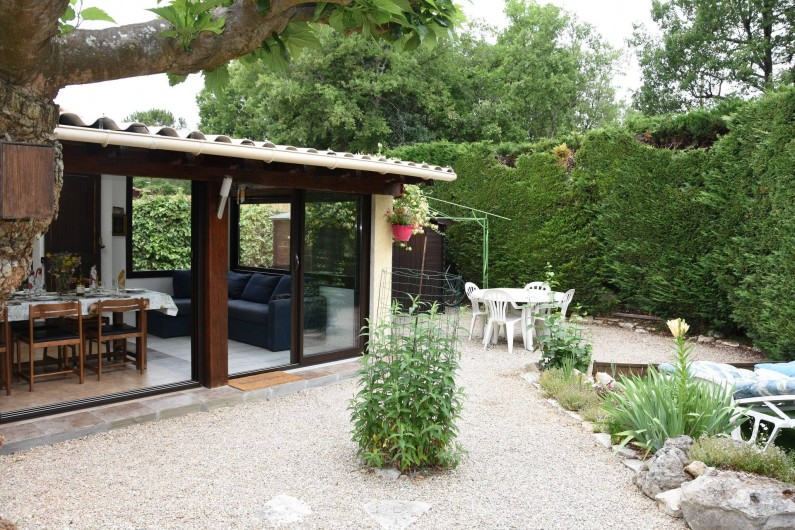 Location de vacances - Villa à Saint-Cézaire-sur-Siagne - Vue extérieure