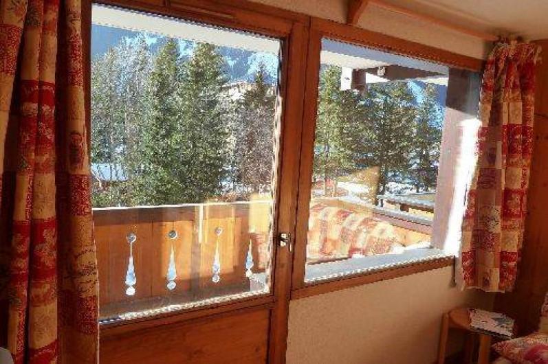 Location de vacances - Studio à Pralognan-la-Vanoise - pièce principal avec balcon plein sud