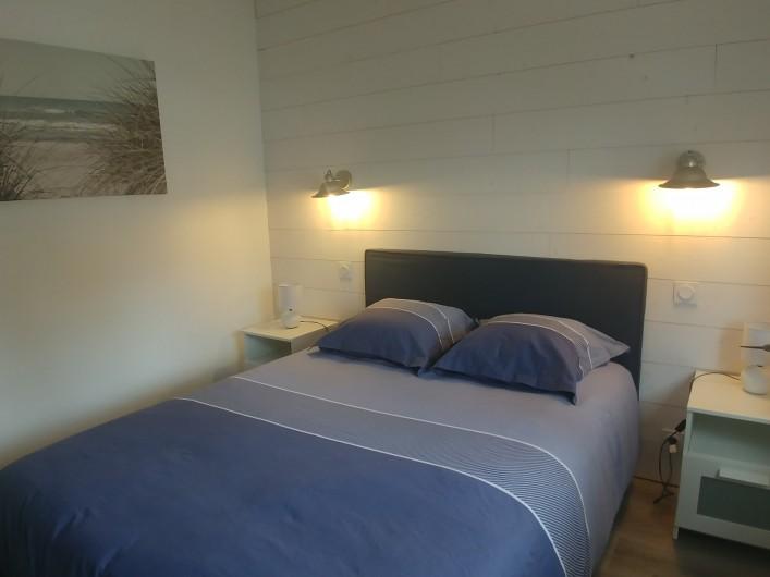 Location de vacances - Villa à La Tranche-sur-Mer - Chambre avec lit 140 cm