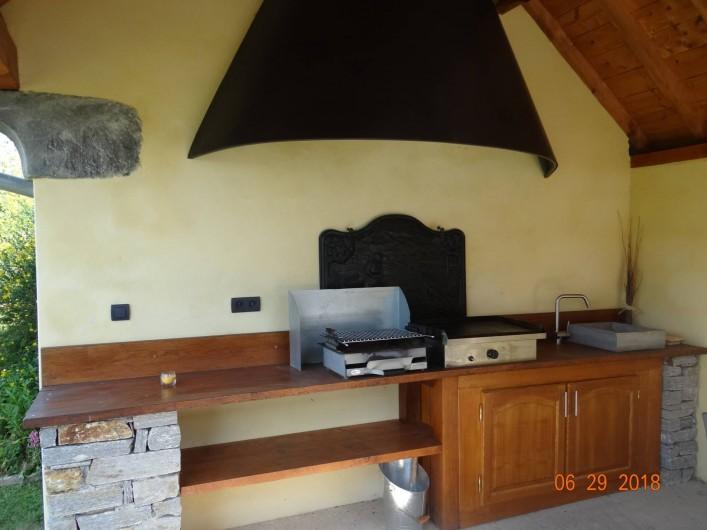 Location de vacances - Maison - Villa à Astugue - Plancha et Barbecue pour les grillades