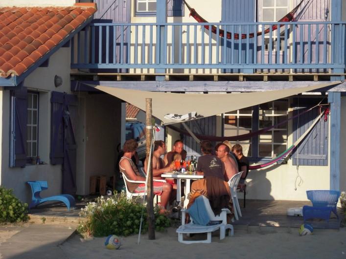 Location de vacances - Villa à Vielle-Saint-Girons - Terrasse avec store-voile