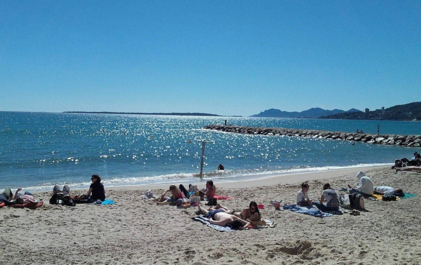 Location de vacances - Appartement à Juan les Pins - la plage