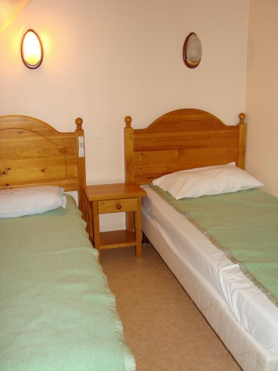 Location de vacances - Appartement à Guchen - Chambre avec 2 lit jumeaux